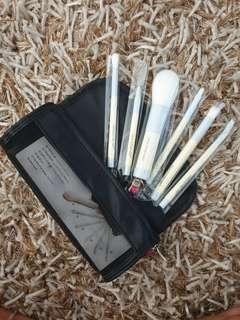 Set of Beauty Brushes
