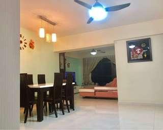 5Room For Sale at 653B Jurong West St 61-2 Mins to Pioneer MRT
