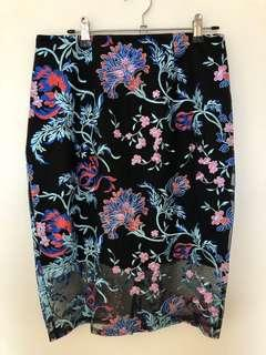 Lipsy Embroidered skirt