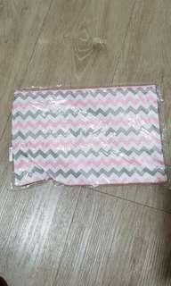🚚 Pouch with zip