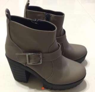 🚚 22.5 咖啡色厚底靴