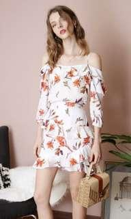 And Well Dressed Dusk Ruffle Floral Top White