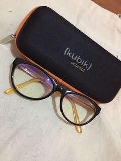 KUbiK cateye eyeware
