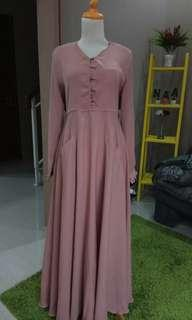 dress wollycrepe cokelat muda