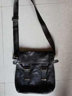 Van doren sling bag
