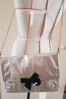 🚚 Messenger bag