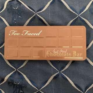 Too faced semi sweet chocolate bar eyeshadow pallete 🍫