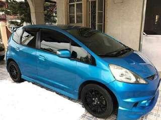 Honda fit gen 2 skyroof rental
