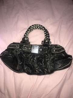 Black guess shoulder bag