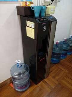 Tip top座地式冷熱水水機