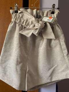 Sheike Beige Shorts
