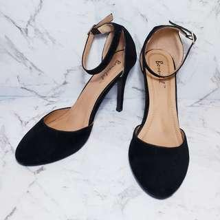 Black Suede Pin Up Doll Pumps - Size 8 1/2