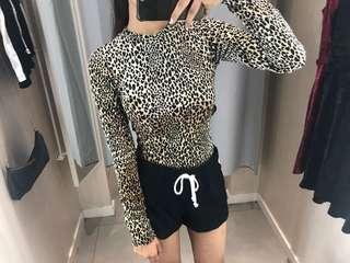 Atasan leopard H&M🔥✨