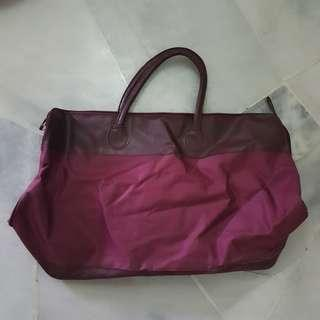 [USED] MAROON RED TRAVEL BAG