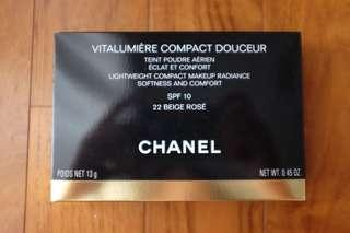 Chanel vitalumiere compact powder
