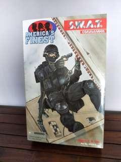 America's Finest SWAT COMMANDER