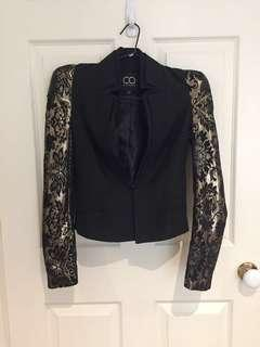 Jacket with shoulder pads