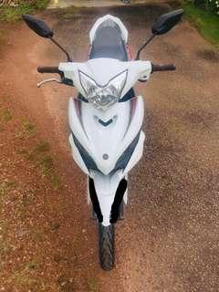 Yamaha LC 135 V3