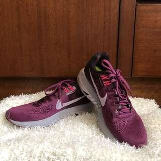 Auth Nike Zoom Structure 21