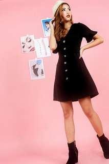 🚚 CELESTE BUTTON POCKET DRESS WITH SASH (BLACK/WHITE)