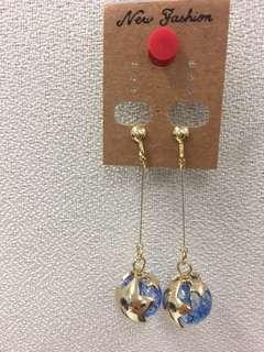 韓國 星星球夾耳環
