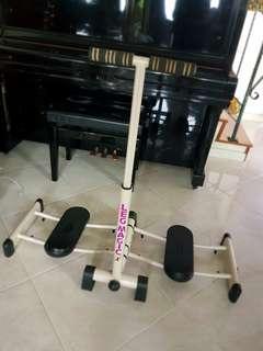 🚚 Leg Machine Exercise