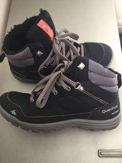 6e9fa48c613 hiking boots new | Sports | Carousell Singapore