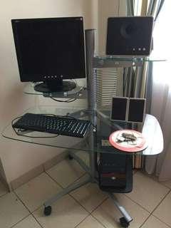 komputer+printer dan meja kacanya