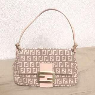 🚚 Fendi粉色帆布提包/斜背包