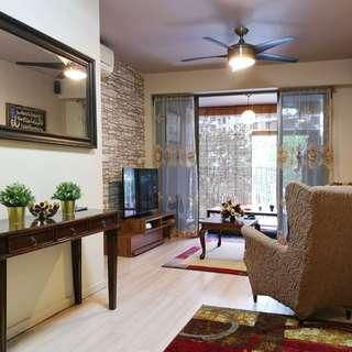 Beautiful 3A DBSS For Sale! Walk to Amenities!