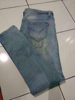 Jeans uk 33