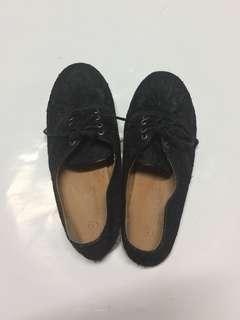 🚚 黑色蕾絲帆布鞋