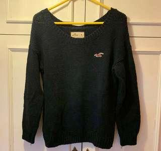 Holister Navy sweater Size M