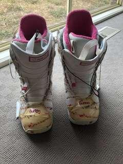 Burton Woman's size 8 snowboard boots