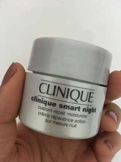 Clinique smart night custom repair moisturiser