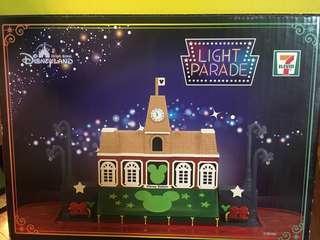 Disney 7-11 Disney light parade glow-in-the dark 迪士尼小鎮大街