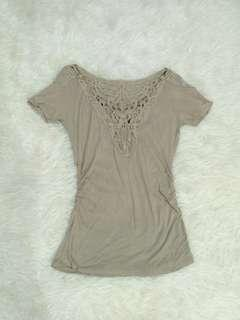 The Executive Top Sabrina Lace Body Fit