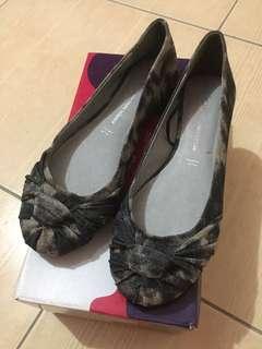 Flat Shoes (Black Tie Dye)