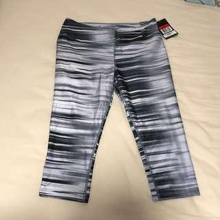 🚚 SALE: striped nike tights