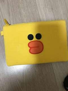 🚚 LINE friends Sally pouch