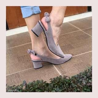 Grey Heels by Sarmer