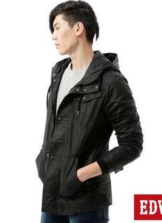 全新 EDWIN 質感風衣外套,原價:3490元