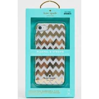 (Pre-Order) Kate Spade iPhone 8/7/6/6s case in gold chevron