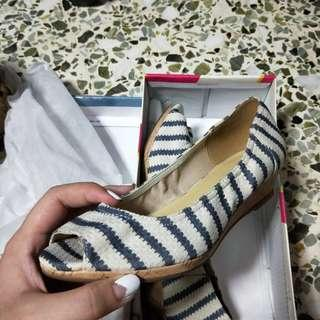 BNIB Wedge heels