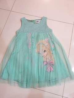 🚚 Frozen Dress