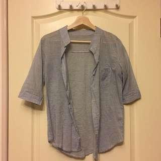 免費贈 淺藍橫紋五分袖襯衫