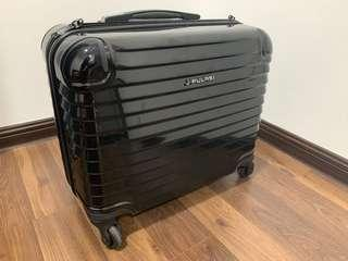 Cabin size premiun luggage 18 inch