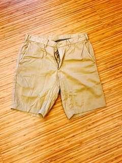 🚚 Uniqlo 休閒短褲