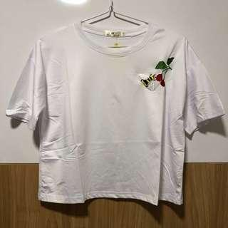 🚚 SALE: white bee and cherry embroidered top