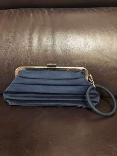 FRENCH COLLECTION POUCH